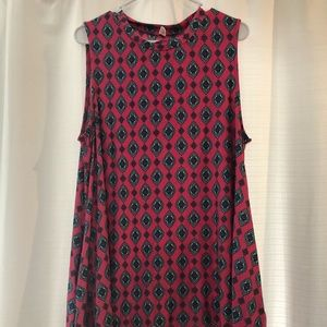 Pink design dress with pockets